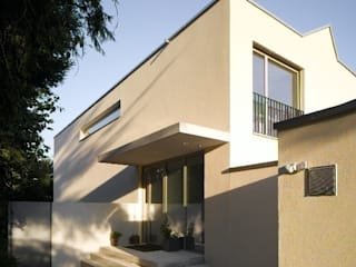Modern houses by Merlo Architekten AG Modern
