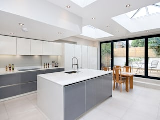 Putney, Wandsworth SW6 London | Kitchen house extension:  Kitchen by GOAStudio | London residential architecture