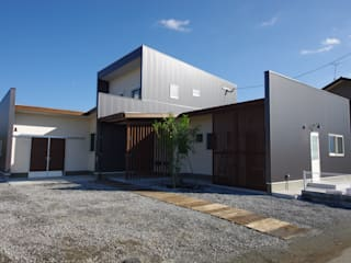 WORKS HOUSE: 徳永建築事務所が手掛けた家です。