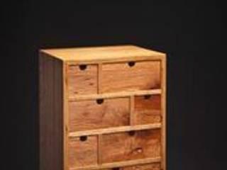 Mini Cabinet. van Duncan Meerding Rustiek & Brocante