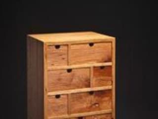 Mini Cabinet.: rustic  by Duncan Meerding, Rustic