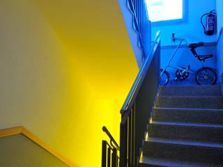 FAA Fraguell Arquitectes Associats, scp Minimalist corridor, hallway & stairs