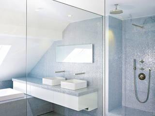 modern Bathroom by HORUS