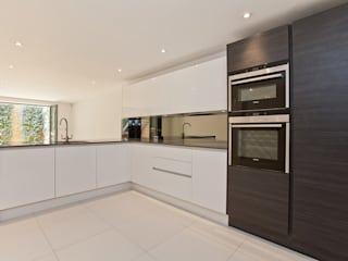 FN1 Modern kitchen by Excelsior Kitchens Limited Modern