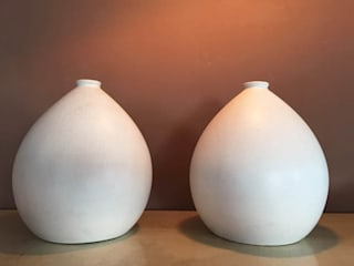​Vasi craquele Pair of Vases in craquele:  in stile  di Galleria Michel Leo