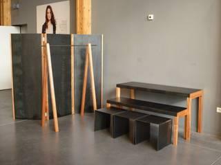 Mobilier d'exposition L'Atelier de la Menuisière Locaux commerciaux & Magasins
