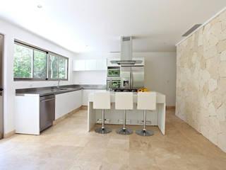 Cucina in stile  di Enrique Cabrera Arquitecto
