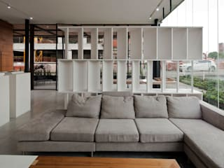 Living room by Taller David Dana, Modern