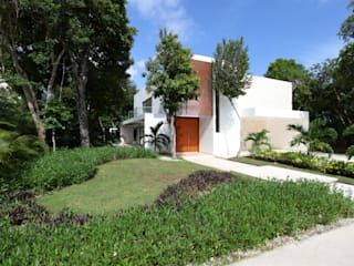 Houses by Enrique Cabrera Arquitecto