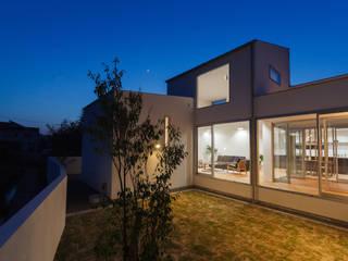 Casas modernas de 株式会社 T.N.A Moderno