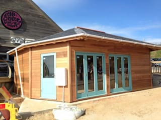 Exterior, Fistral Beach:  Commercial Spaces by North Coast Log Cabins