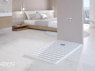 Ambiente con plato de ducha CREATIVESKIN: Baños de estilo  de NUOVVO