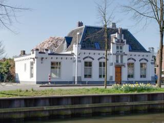 Restauratie en verbouw van voormalig Gemeentehuis Oudenrijn, De Meern op ten noort blijdenstein architecten Klassieke huizen