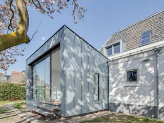 Restauratie en verbouw van voormalig Gemeentehuis Oudenrijn, De Meern op ten noort blijdenstein architecten Moderne serres