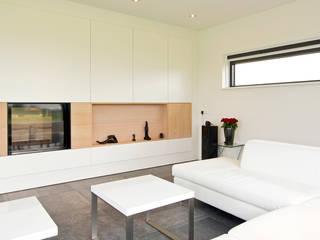 Livings modernos: Ideas, imágenes y decoración de Building Design Architectuur Moderno