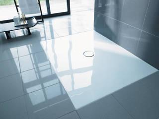 Platos de ducha: Cuando Diseño y Funcionalidad se Fusionan Baños de estilo minimalista de Duravit España Minimalista