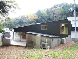 Box House The Chase Architecture モダンな 家