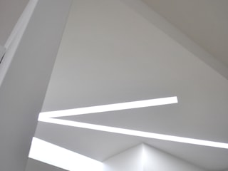 UK house: Ingresso & Corridoio in stile  di Salvatore Nigrelli Architetto
