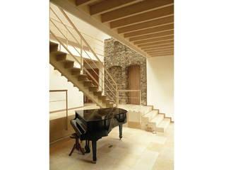 Haus am Schwielowsee:  Wohnzimmer von wolff:architekten