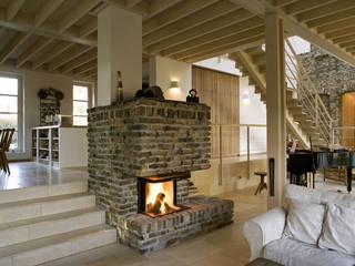 Ruang Keluarga by wolff:architekten