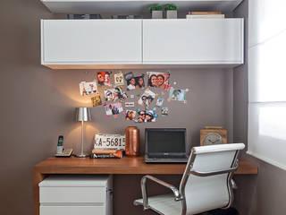 Apartamento MD: Escritórios  por ÓBVIO: escritório de arquitetura