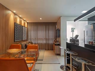Dining room by ÓBVIO: escritório de arquitetura