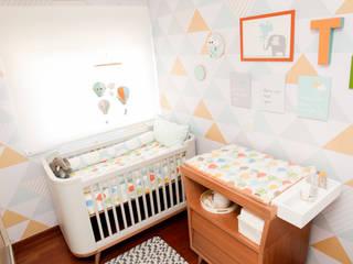 Modern nursery/kids room by Uaua Baby Modern