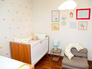 Nowoczesny pokój dziecięcy od Uaua Baby Nowoczesny