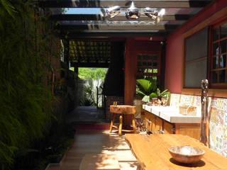 Maisons de style  par Lote 21 Arquitetura e Interiores, Rustique