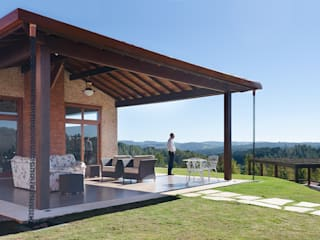 Patios & Decks by NOMA ESTUDIO, Country