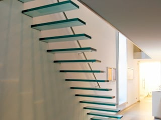 EeStairs® Floating Stairs EeStairs | Stairs and balustrades Corridor, hallway & stairsStairs