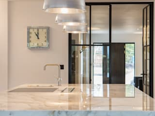 Private Residence, Surrey Nice Brew Interior Design Cuisine moderne