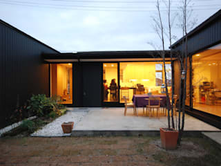 一級建築士事務所A-SA工房 Jardines de estilo moderno