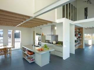 Woonhuis Silverled: moderne Keuken door Zilt Architecten