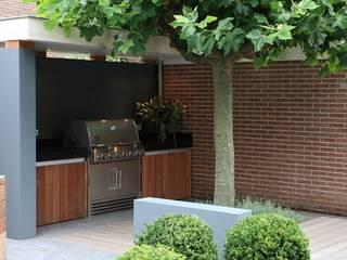 Modern kitchen by Biesot Modern