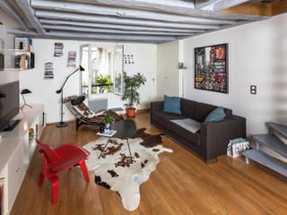 Living room by Agence sébastien Markoc