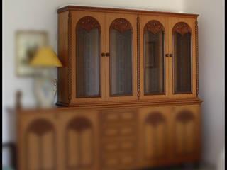 La vetrinetta in legno massello_PRIMA.:  in stile  di progettomyhome