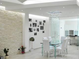 MoLo house: Sala da pranzo in stile in stile Moderno di Salvatore Nigrelli Architetto
