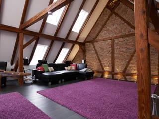 Extrem zuverlässiges und flexibel erweiterbares System:  Wohnzimmer von Somfy GmbH