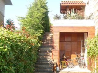Villa garden at Arkeon Evleri in Istanbul Bahçevilla Peyzaj Tasarım Uygulama