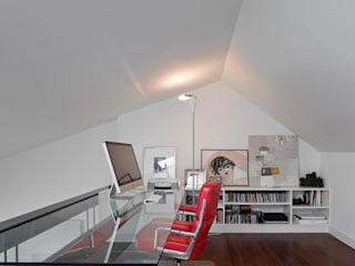 Study/office by RRJ Arquitectos,