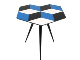 'CUBE 6' side table di ROCKMAN & ROCKMAN Moderno
