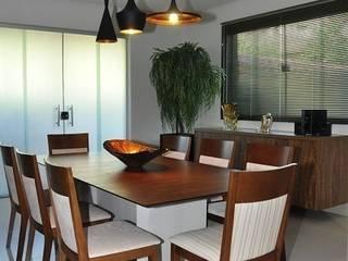 Cozinha - residência em Águas Formosas Lívia Bonfim Designer de Interiores Cozinhas modernas