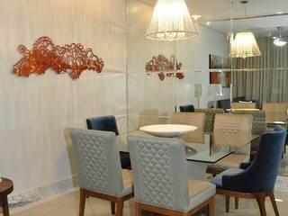 Sala da pranzo moderna di Lívia Bonfim Designer de Interiores Moderno