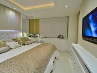 Dormitorios modernos de Stúdio Márcio Verza Moderno