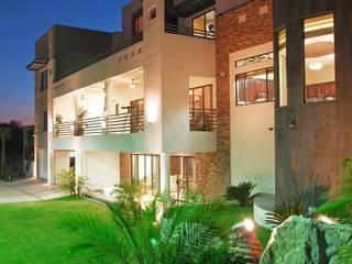 Acrópolis Arquitectura 現代房屋設計點子、靈感 & 圖片