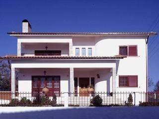Pintura de fachadas: Casas de estilo moderno de Barcelona Pintores.es