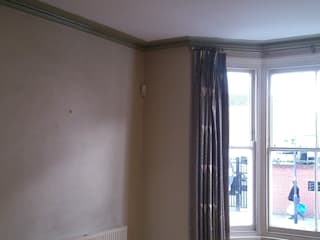 Painting and Decorating in Fulham London от Renomark Limited Скандинавский