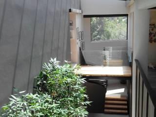 Iluminarq Modern corridor, hallway & stairs