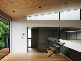 自然素材のいえ モダンデザインの リビング の ピコグラム建築設計事務所 モダン